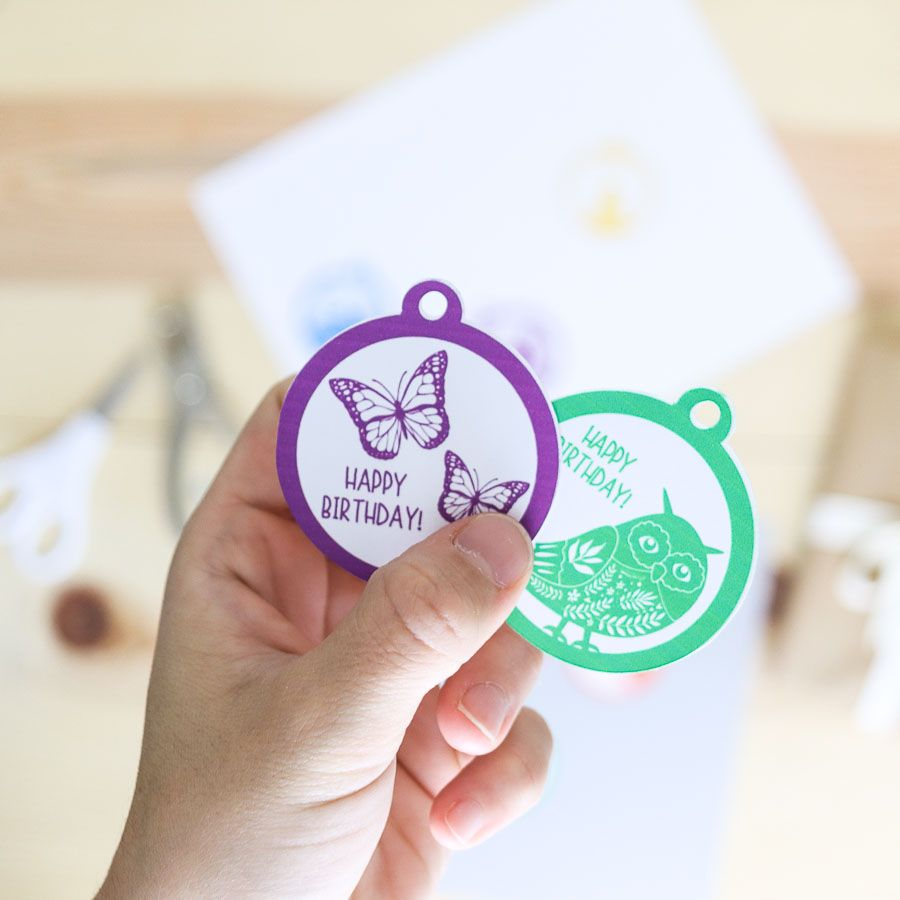 """Butterflies"" and ""owl"" birthday gift tag free printable"