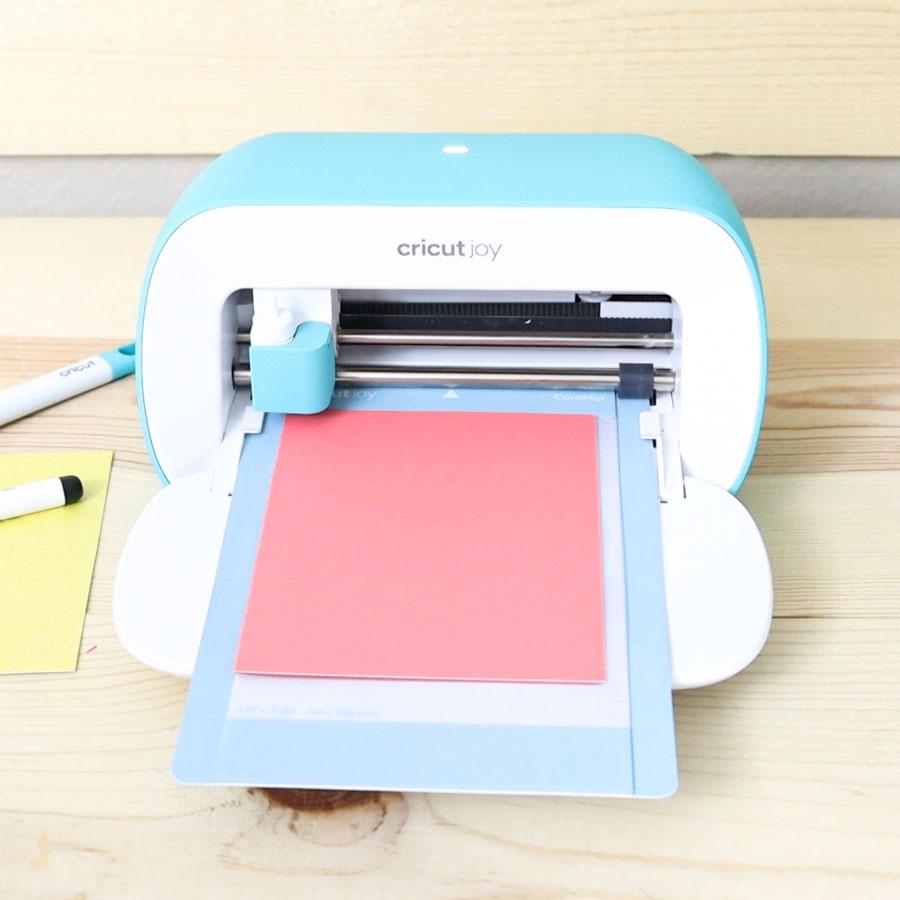 cricut joy mat cutting a card