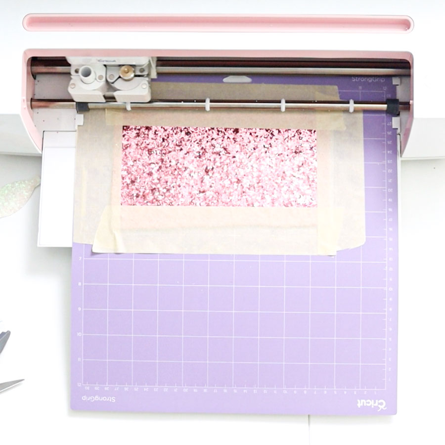 cricut cutting chunky glitter canvas