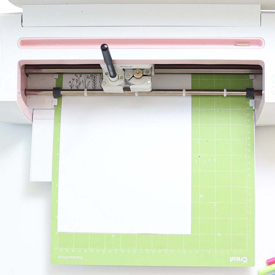 cutting and drawing with cricut maker