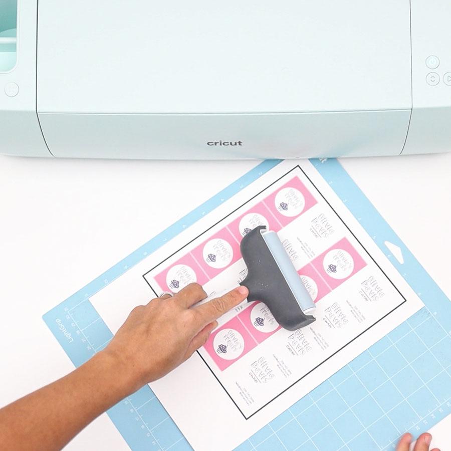 placing printed copy (business cards) on cricut mat