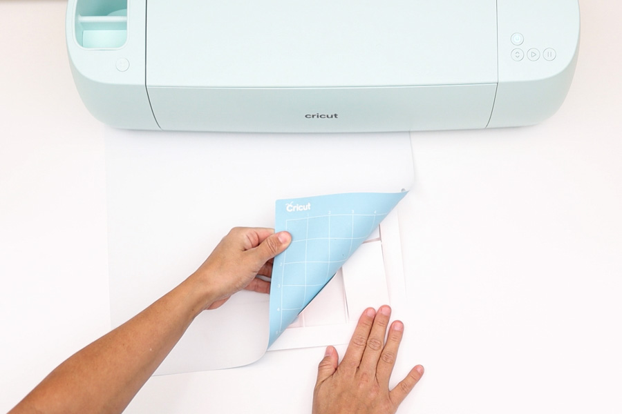removing business cards from cricut mat
